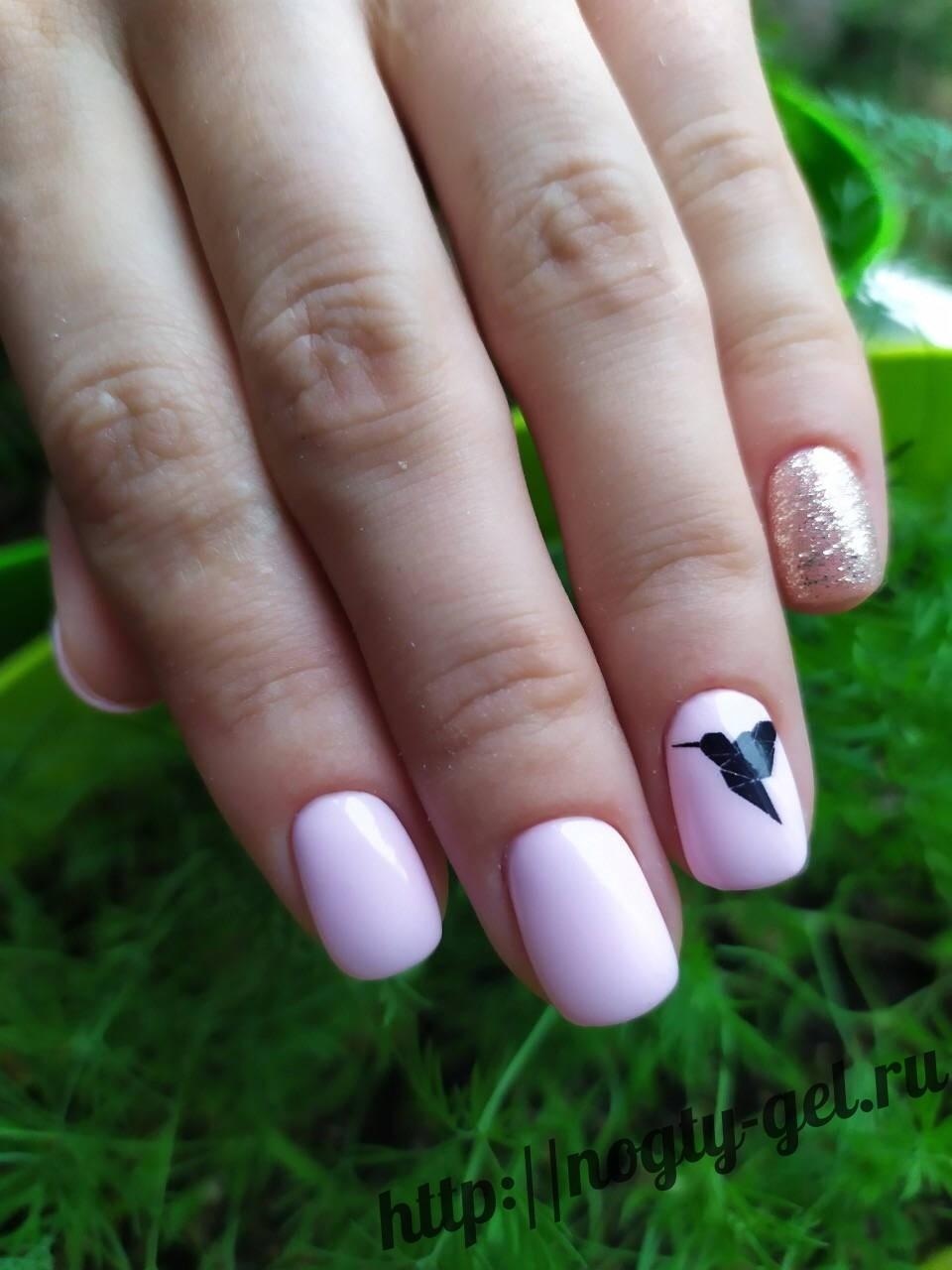 3.Наклейки на ногти под гель лак.