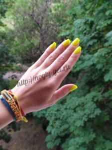 2.Гель ногти однотонные.