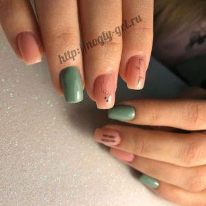 1.Рисунки гель лаком на ногтях.