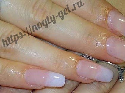 Желе гель для ногтей.