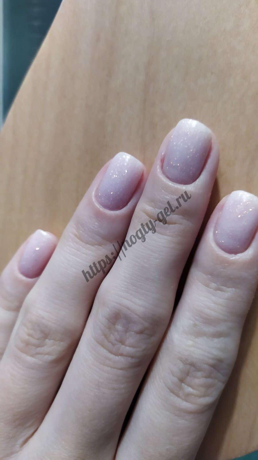 2.Шиммер для ногтей