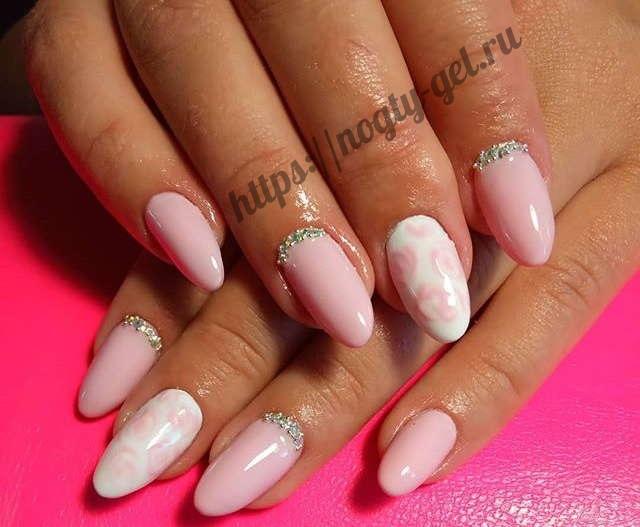 5.Дизайн ногтей розовый с серебром фото