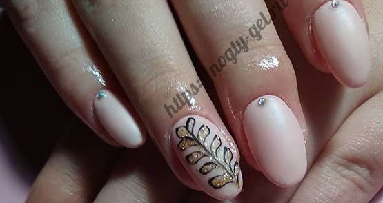 14.Дизайн ногтей розовый с серебром фото